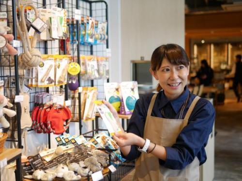 【柏の葉】おしゃれな店舗♪ペット用品の販売スタッフ募集!!