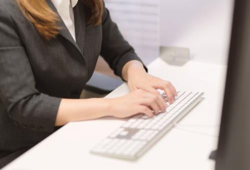 営業スタッフ*業務拡大につき社員募集/ペット業界で心機一転
