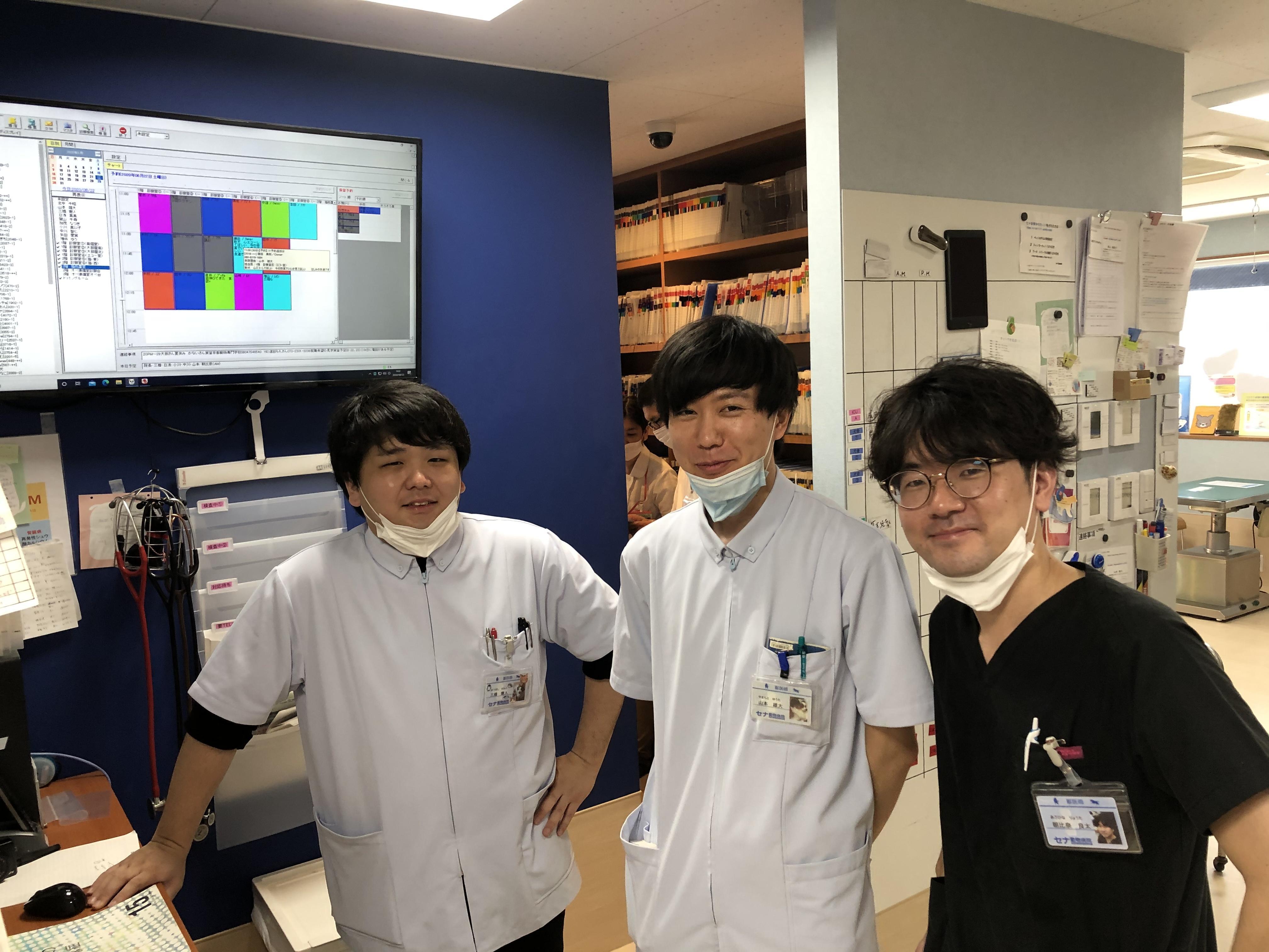 循環器科や皮膚科や眼科の専門の先生がおります!